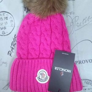 NWT MONCLER WOMEN'S PINK HAT